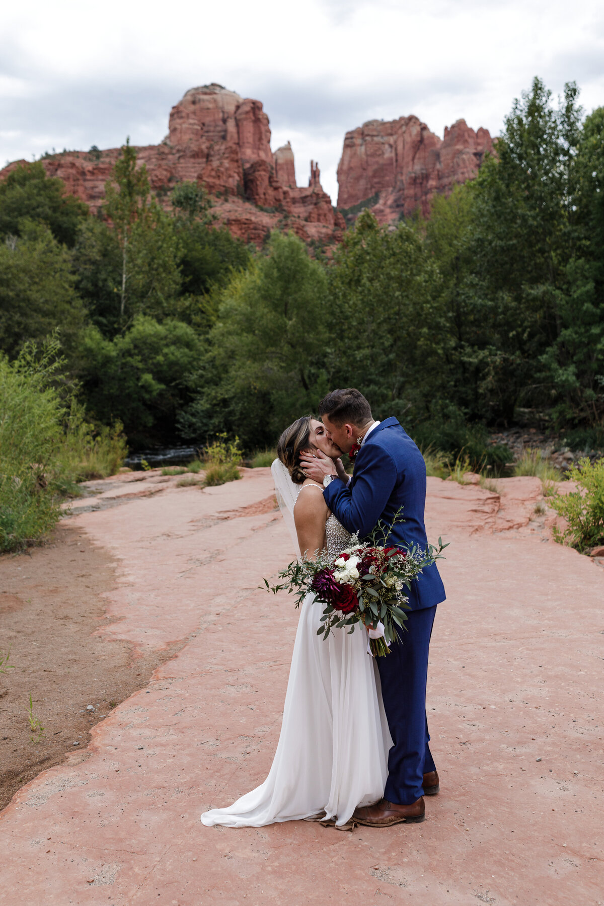 Sedona-Arizona-Elopement-Cathedral-Rock-Destination-Wedding-Photographer-72