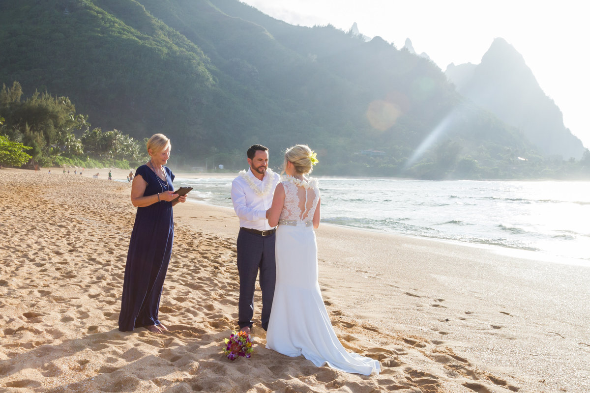 Wedding ceremony on Tunnels beach Kauai