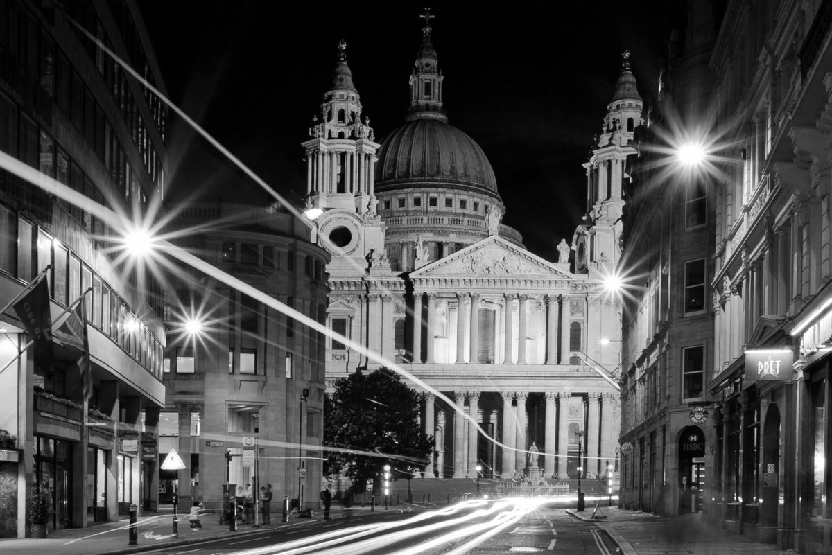 uk_London_night_StPaulsfront01