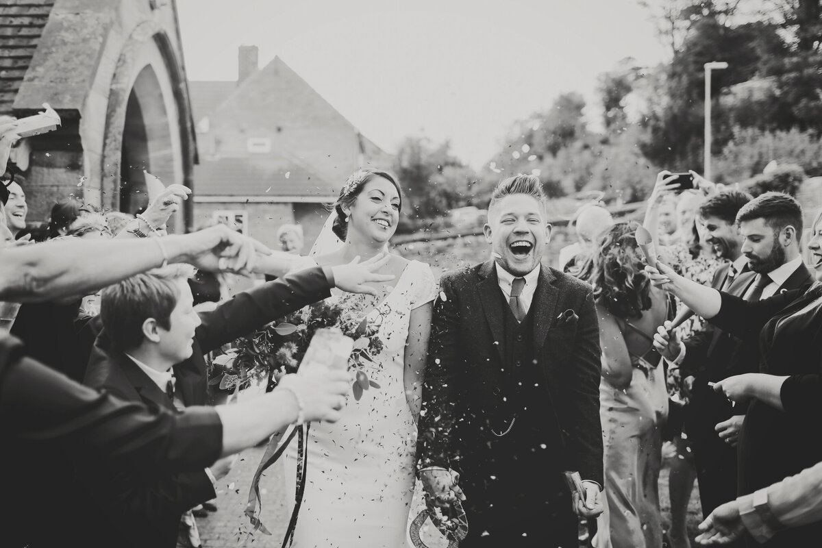 YORKSHIRE-WEDDING-LOTS-OF-LAUGHTER-MARQUEE-AND-CHUCH-0044