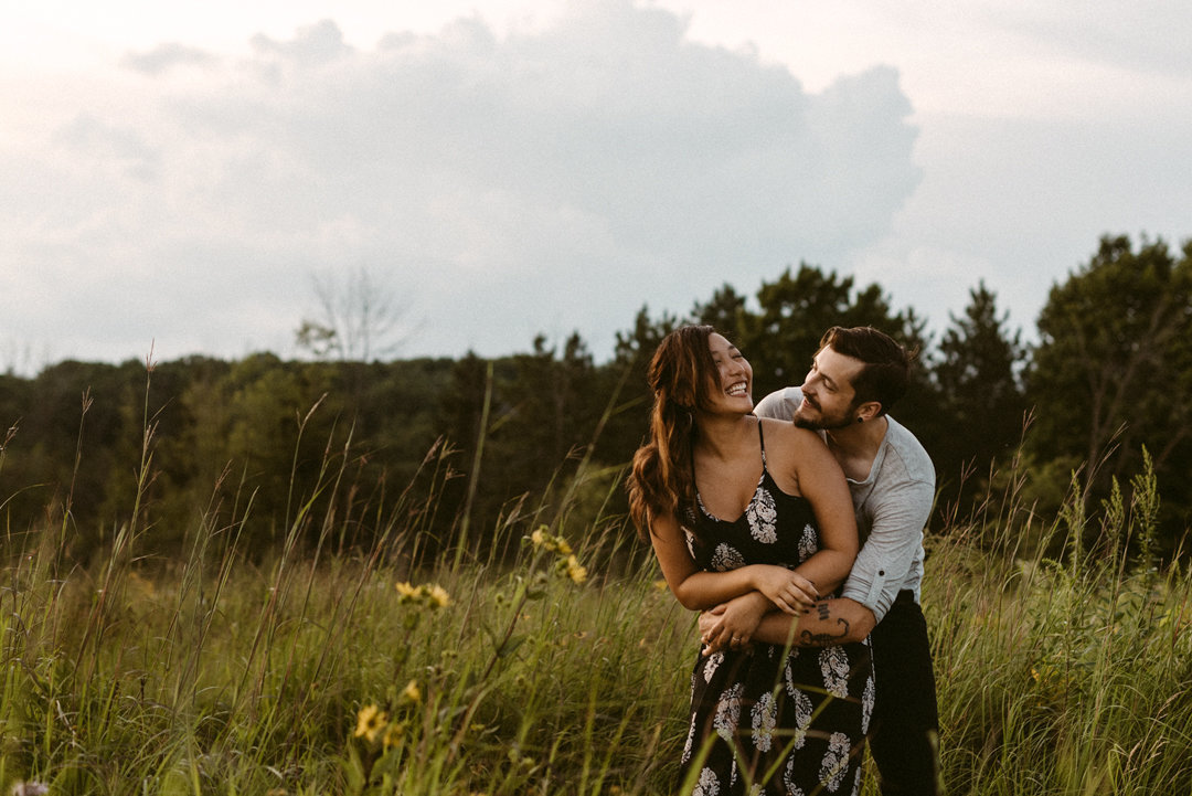 milwaukee-wedding-photographer.erika-lee-photographer.engagment.sunset-engagement-session.k&a.07