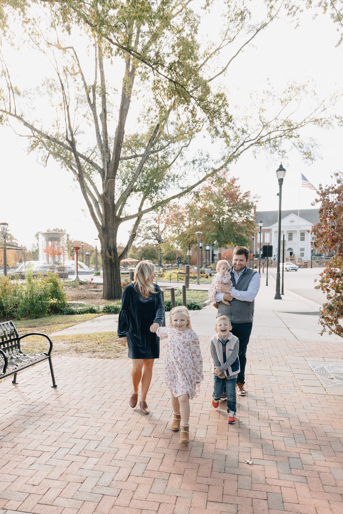 family-photos-in-downtown-cary-NC-4807