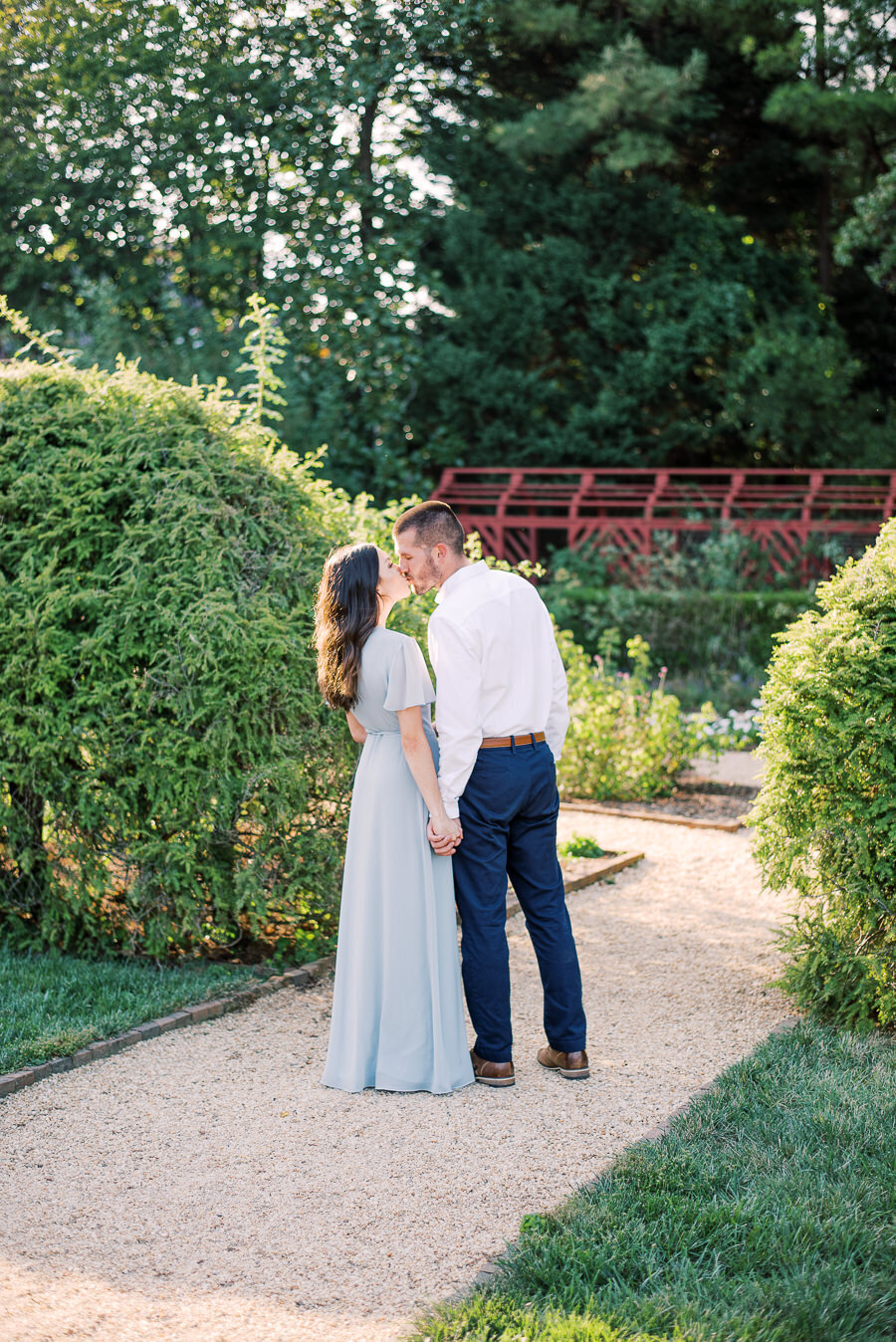 William_Paca_Gardens_Engagement_Session_Megan_Harris_Photography-10