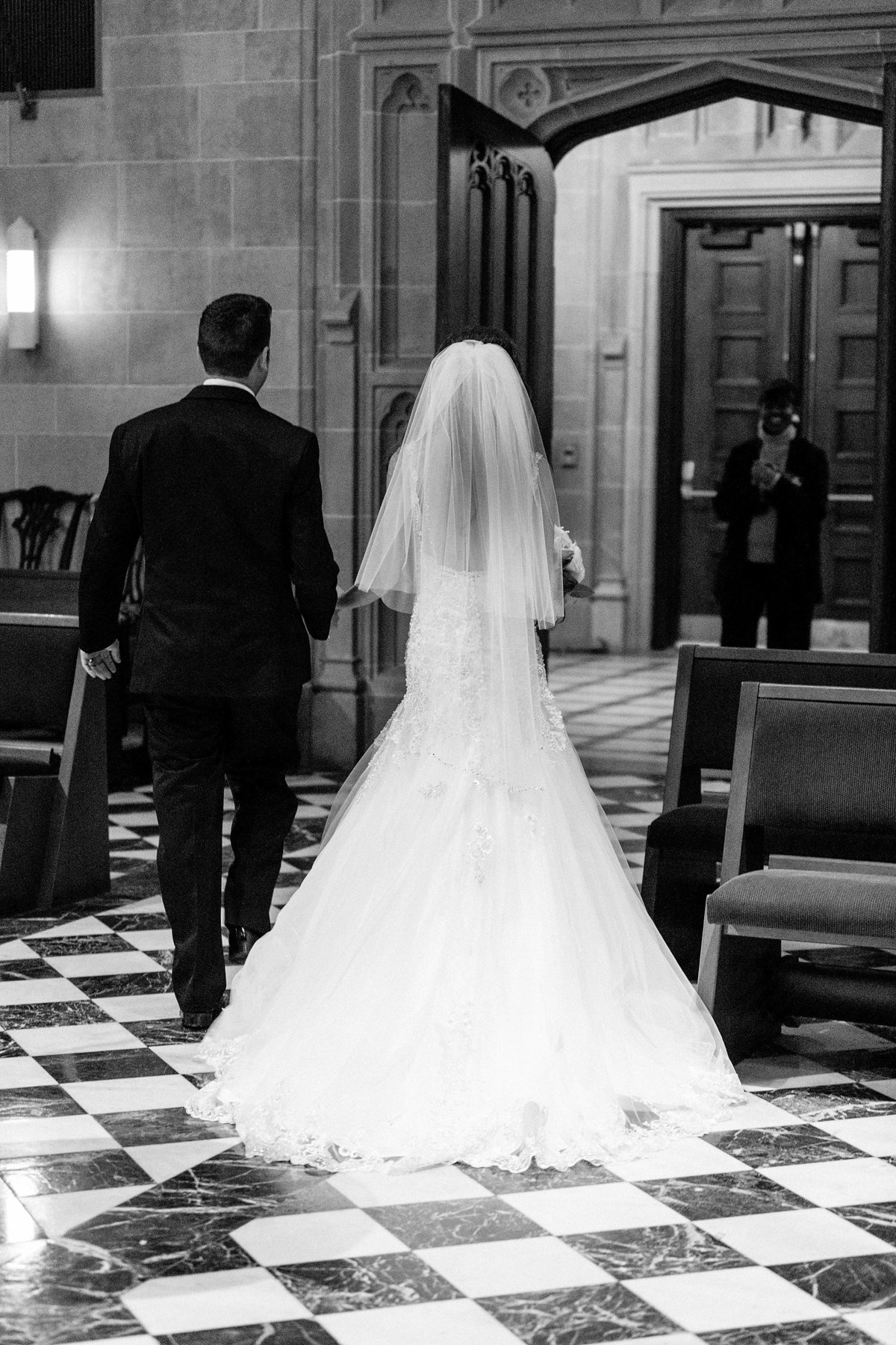 Katelyn-Matt-Downtown-Detroit-Cathedral-Most-Blessed-Sacrament-Wedding-Breanne-Rochelle-Photography55