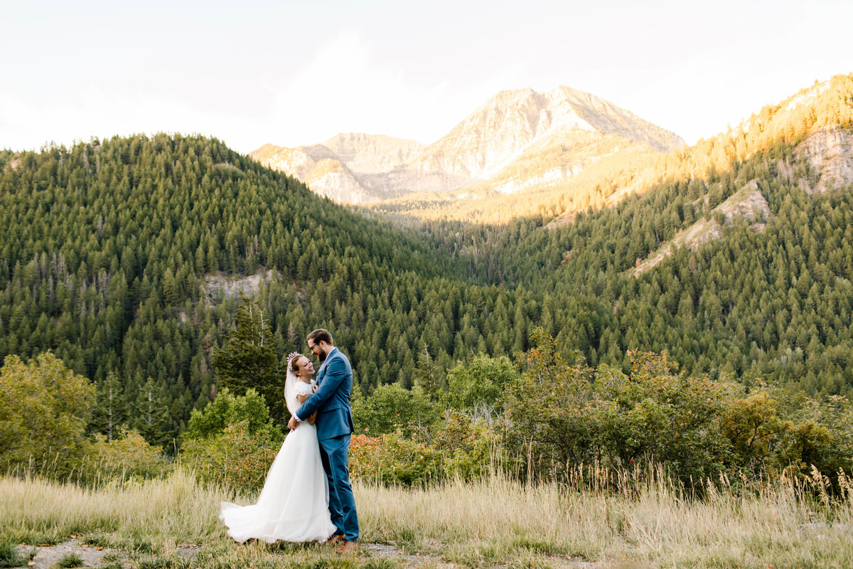 wedding portraits in the mountains of utah