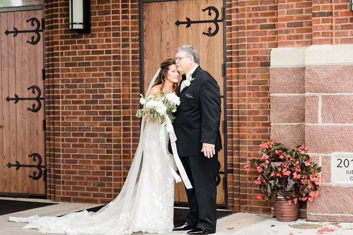 15_Classic-Wausau-Church-Wedding-James-Stokes-Photography