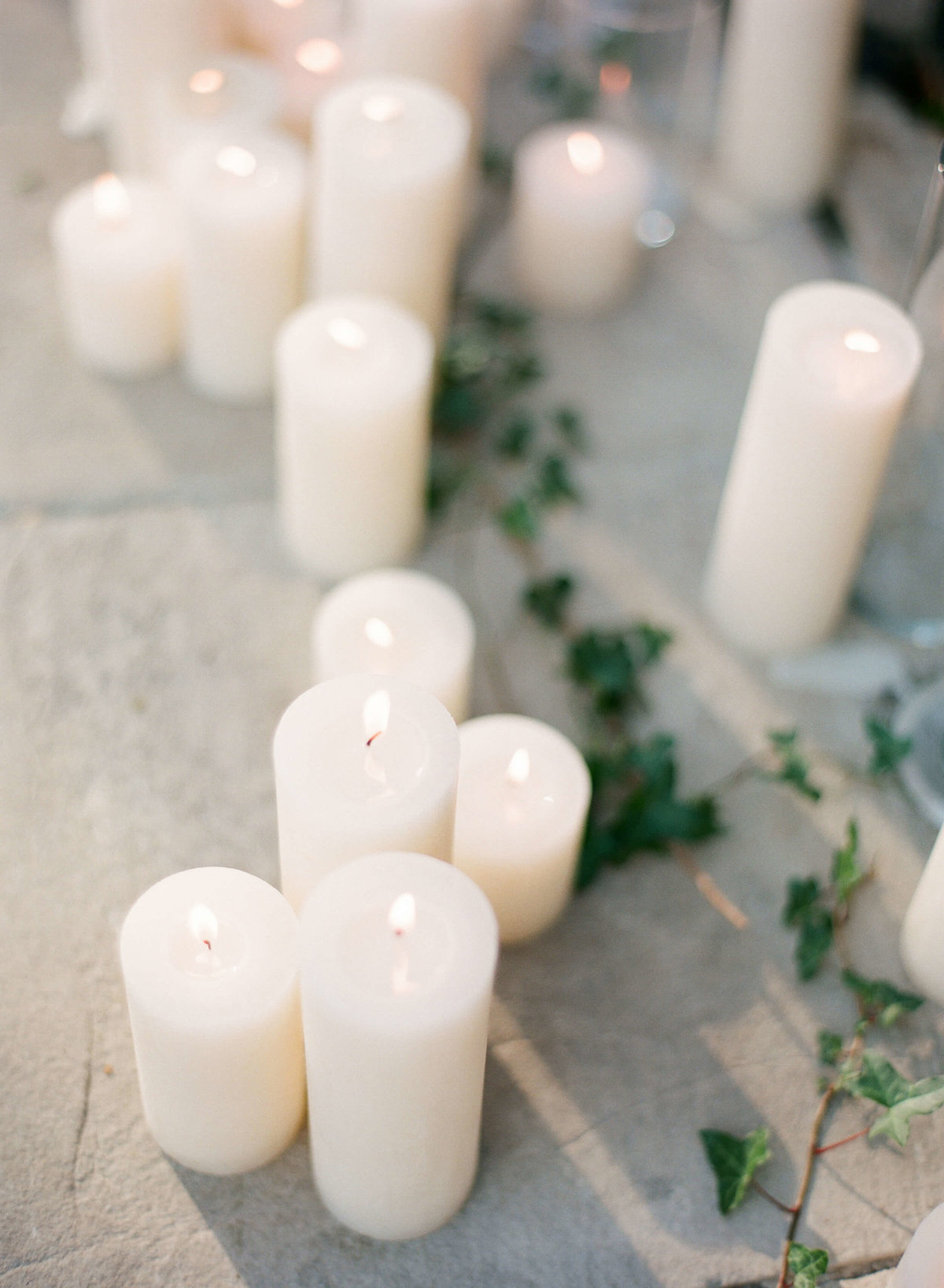 50-KTMerry-wedding-photography-ceremony-candles