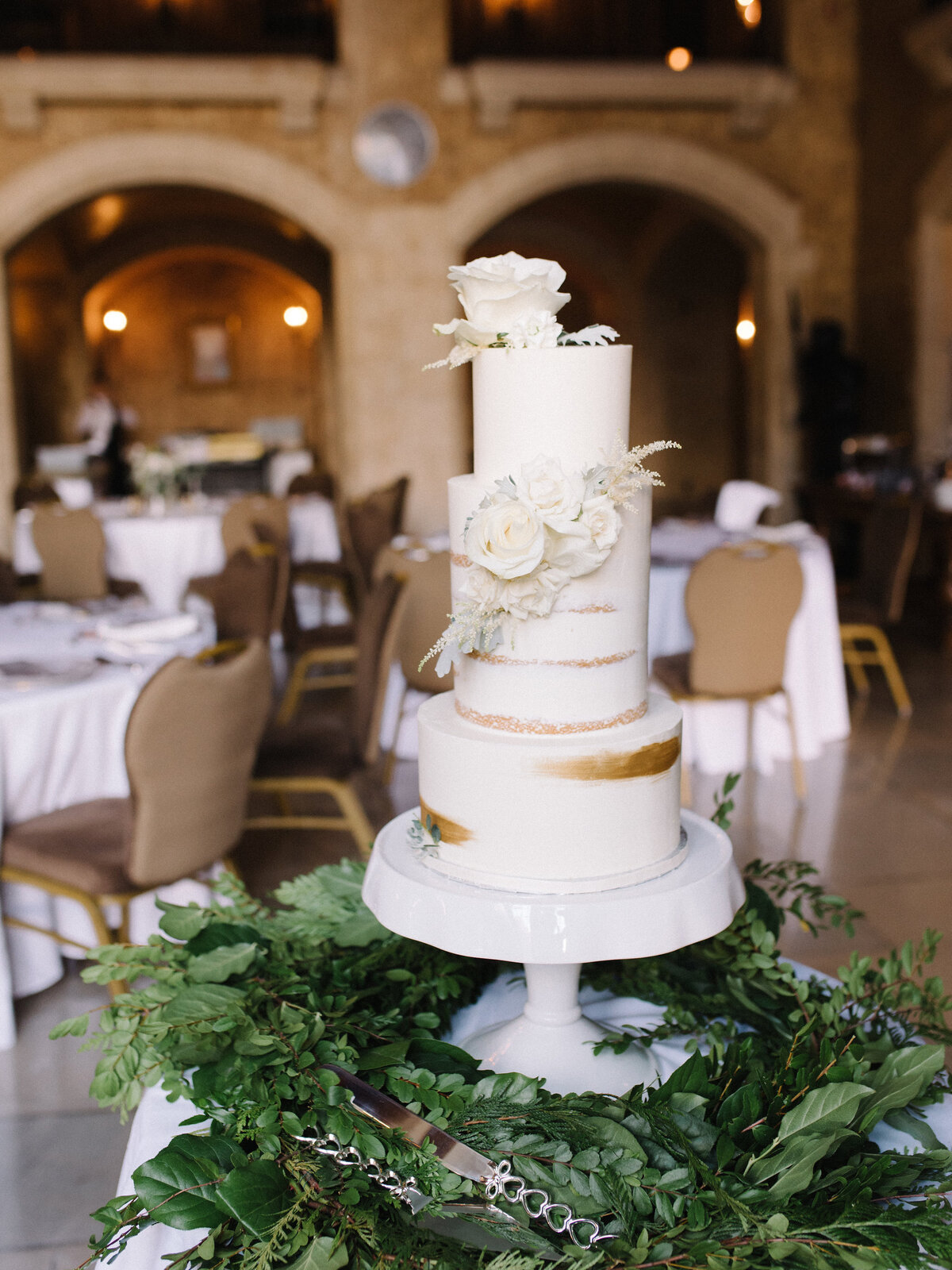 Banff Wedding Cake Ideas Simple White Naked Cake