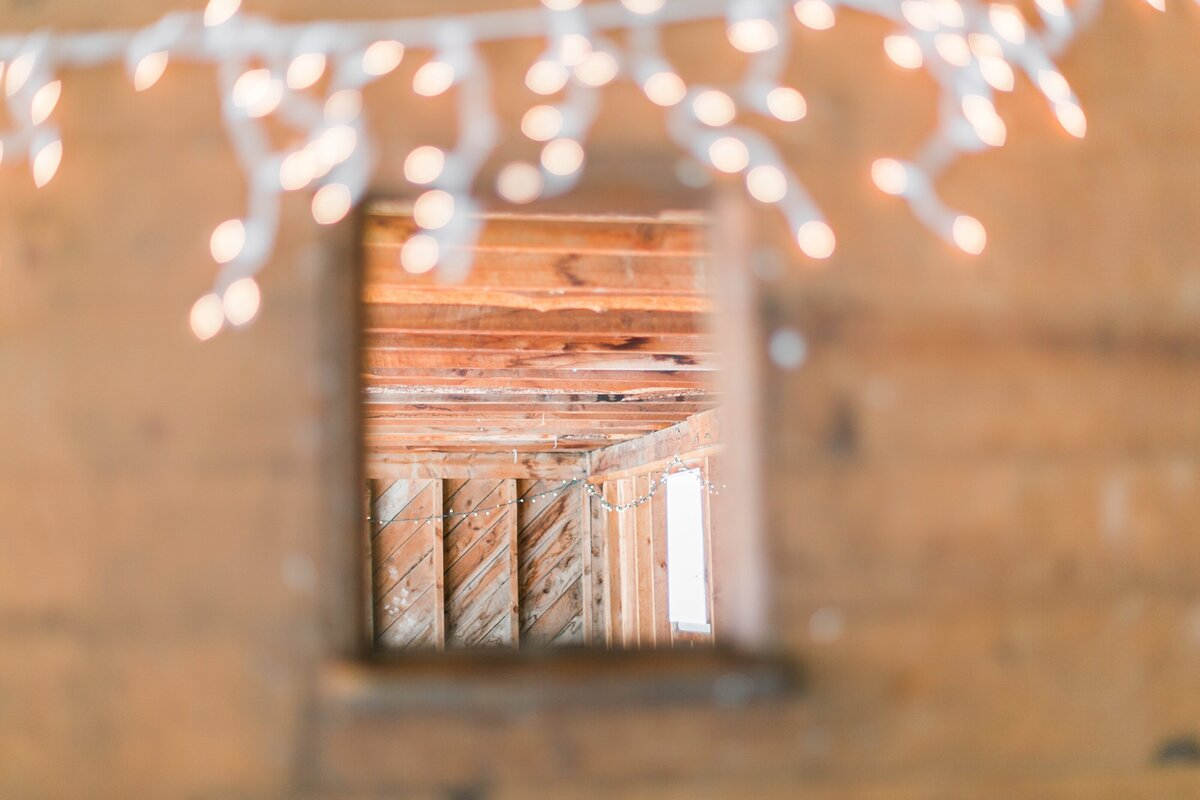 red-barn-golden-gate-canyon-colorado-rustic-wedding-mountains-farm-rocky-mountain-bride-0029