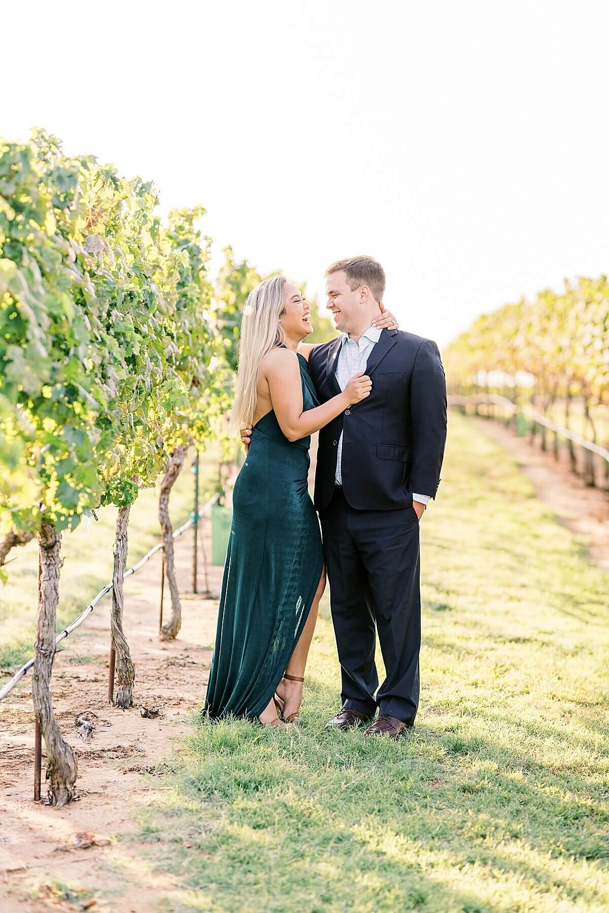 Texas-Hill-Country-Vineyard-Engagement-Portrait-Session-Alicia-Yarrish-Photography_0037