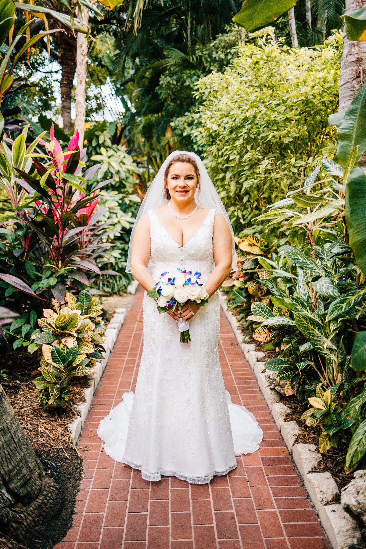 Kimberly_Hoyle_Photography_Bachman_Pier_House_Key_West_Wedding-34