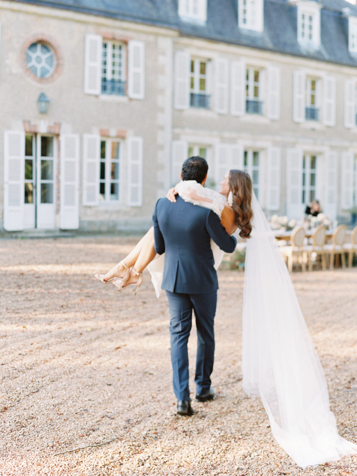 chateau-bouthonvilliers-wedding-paris-wedding-photographer-mackenzie-reiter-photography-61
