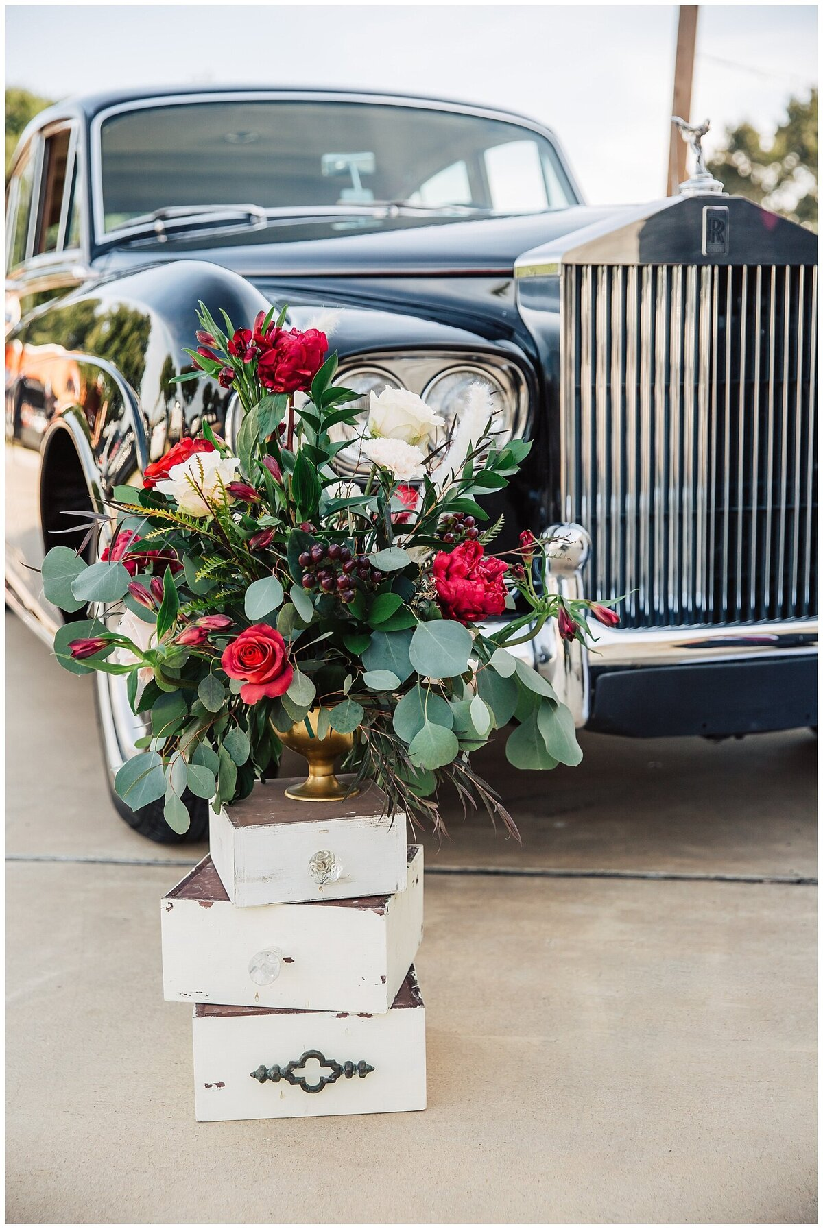 Rustic Burgundy and Blush Indoor Outdoor Wedding at Emery's Buffalo Creek - Houston Wedding Venue_0670