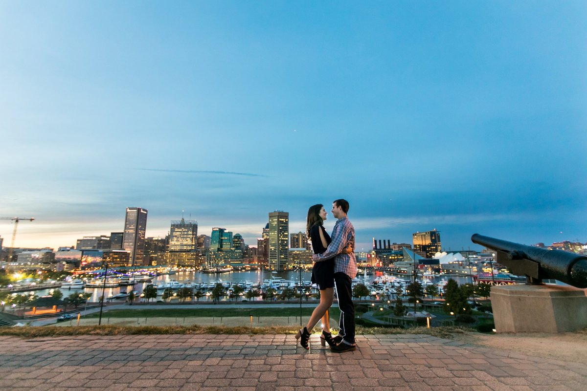 Federal-Hill-Park-Engagement-Photos-Sunset-Dusk