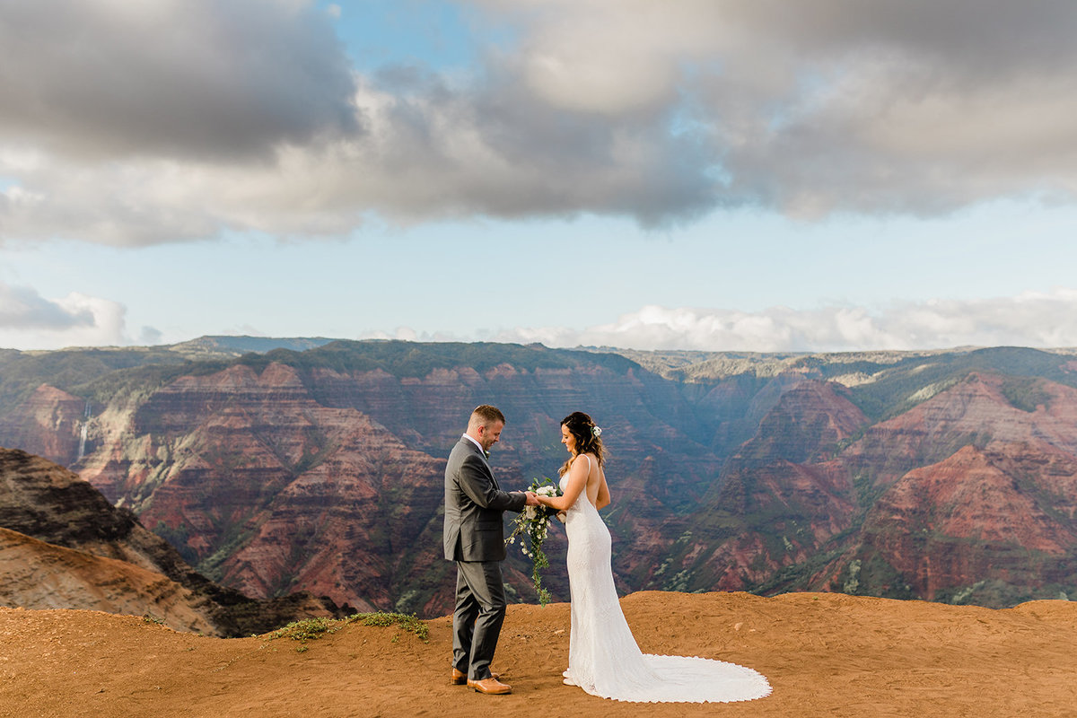 waimea-canyon-elopement