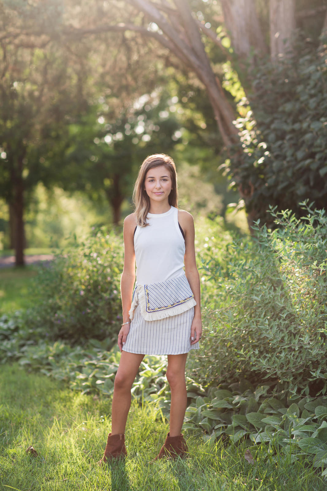 L Photographie senior photos Forest Park Tower Grove Park Queeny Park Lafayette Park 26
