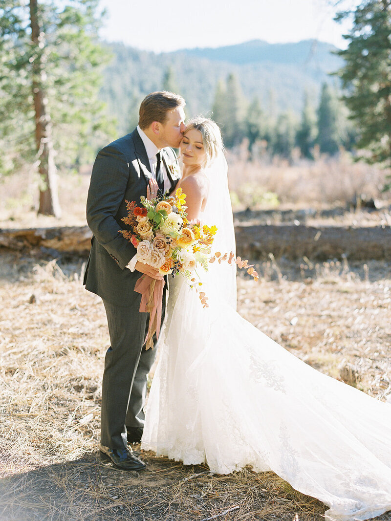 bride-and-groom-lake-tahoe