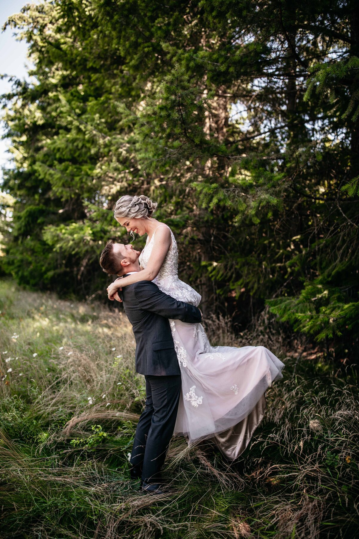 Wedding Photographers in Spokane Washington, Adventurous Elopement Photographer - Clara Jay Photo