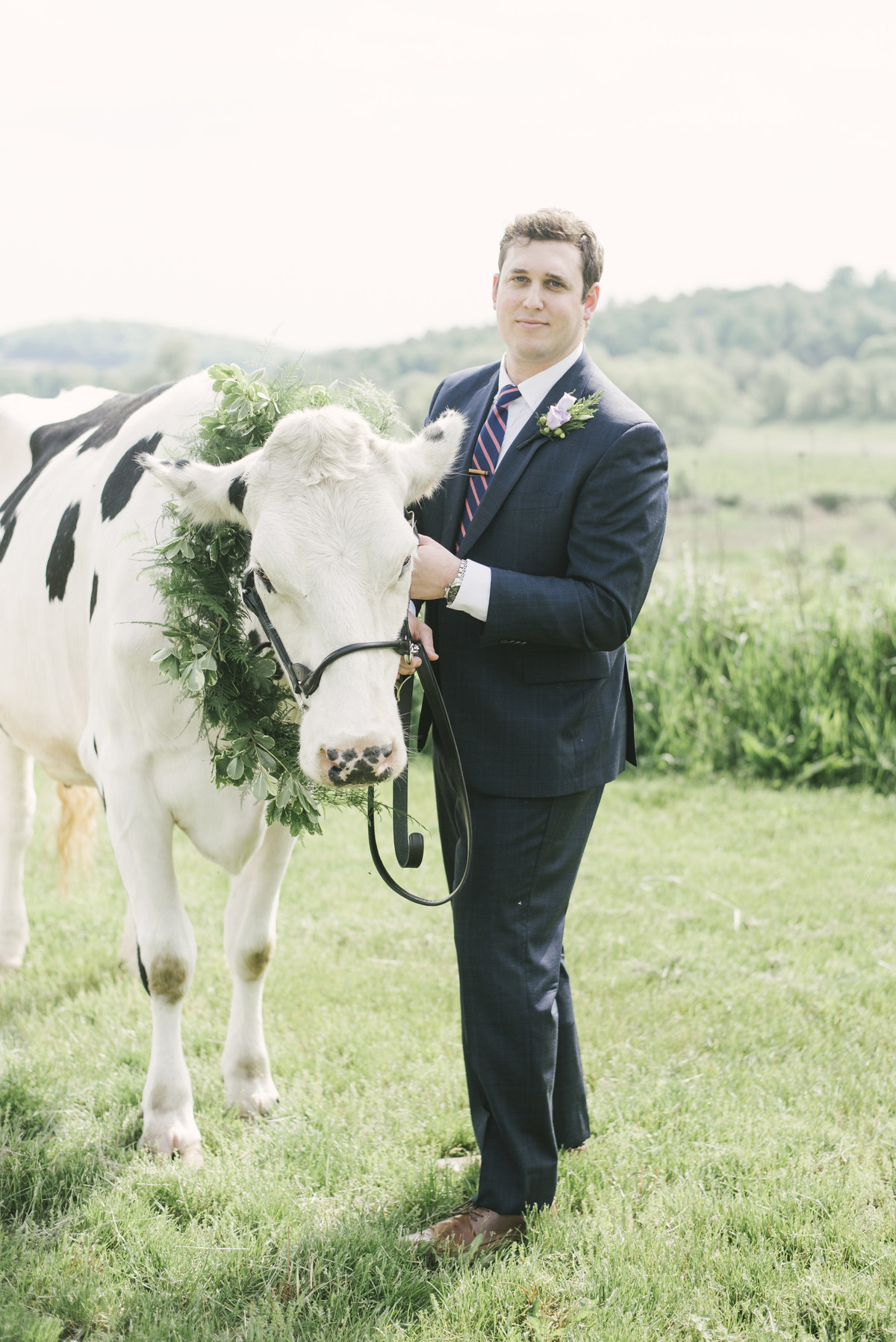 Monica-Relyea-Events-Alicia-King-Photography-Globe-Hill-Ronnybrook-Farm-Hudson-Valley-wedding-shoot-inspiration15