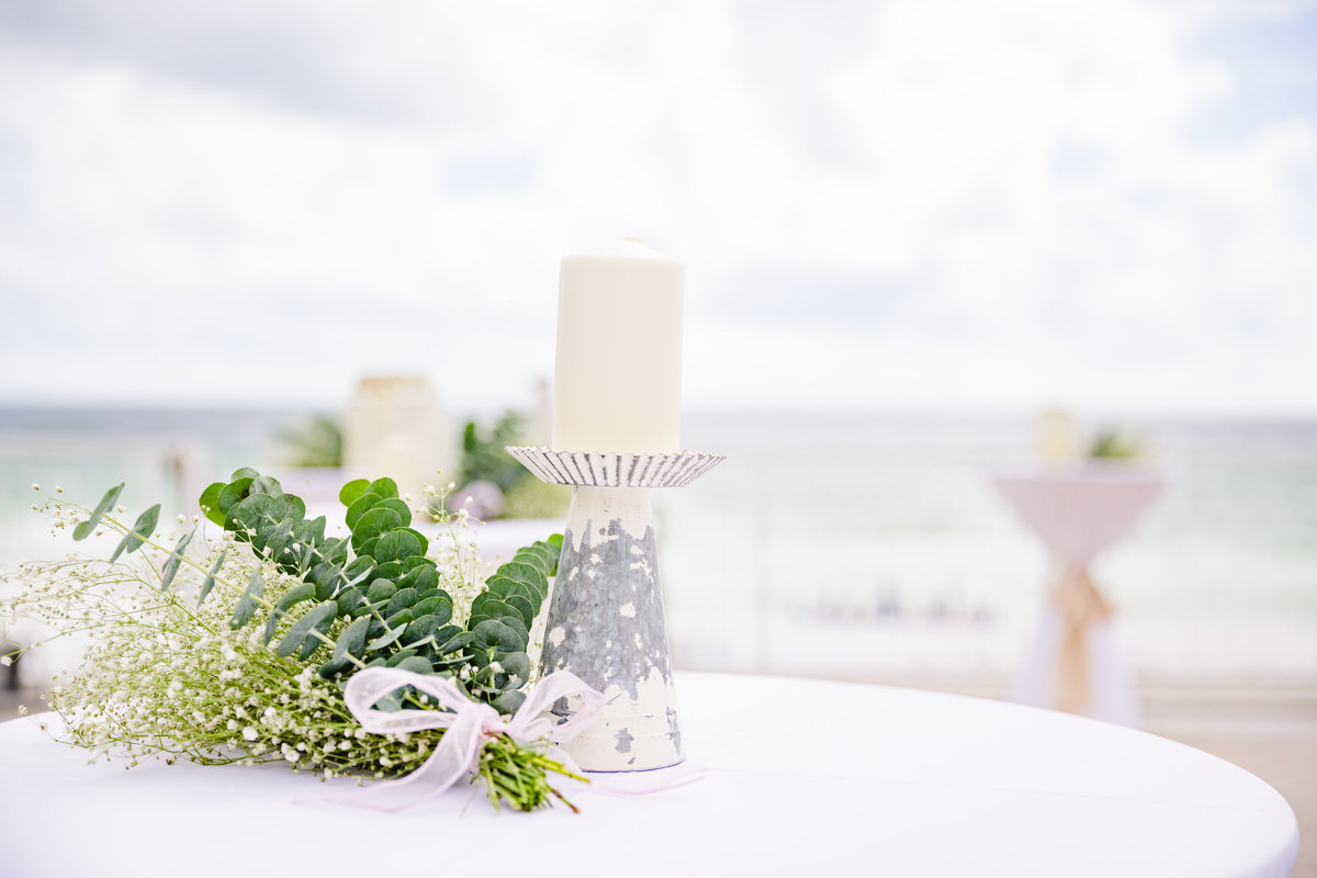 Miramar Beach DIY wedding decorations