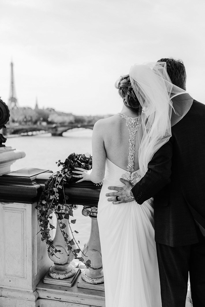english speaking wedding photographer in paris