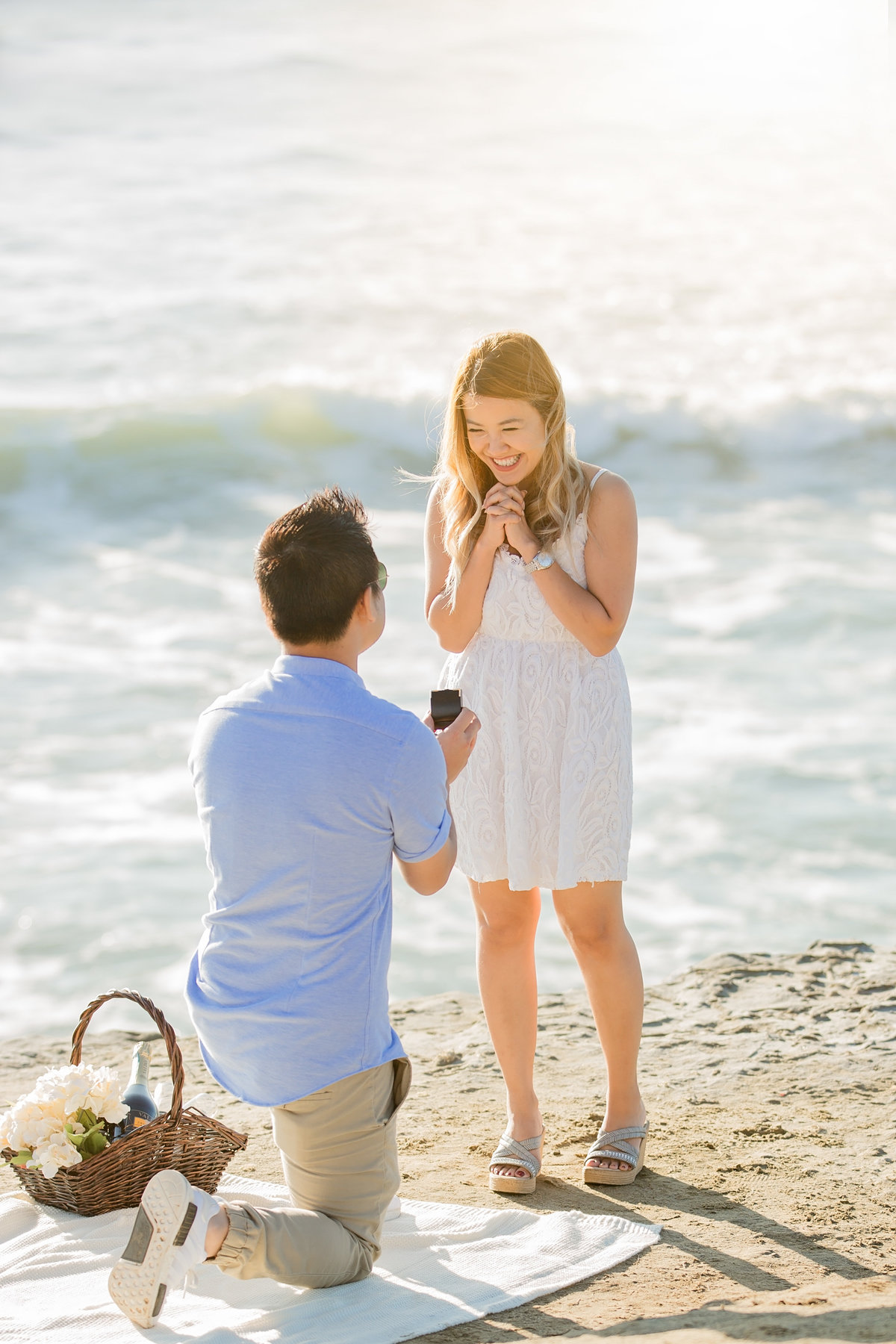 babsie-ly-photography-surprise-proposal-photographer-san-diego-california-sunset-cliffs-epic-scenery-015