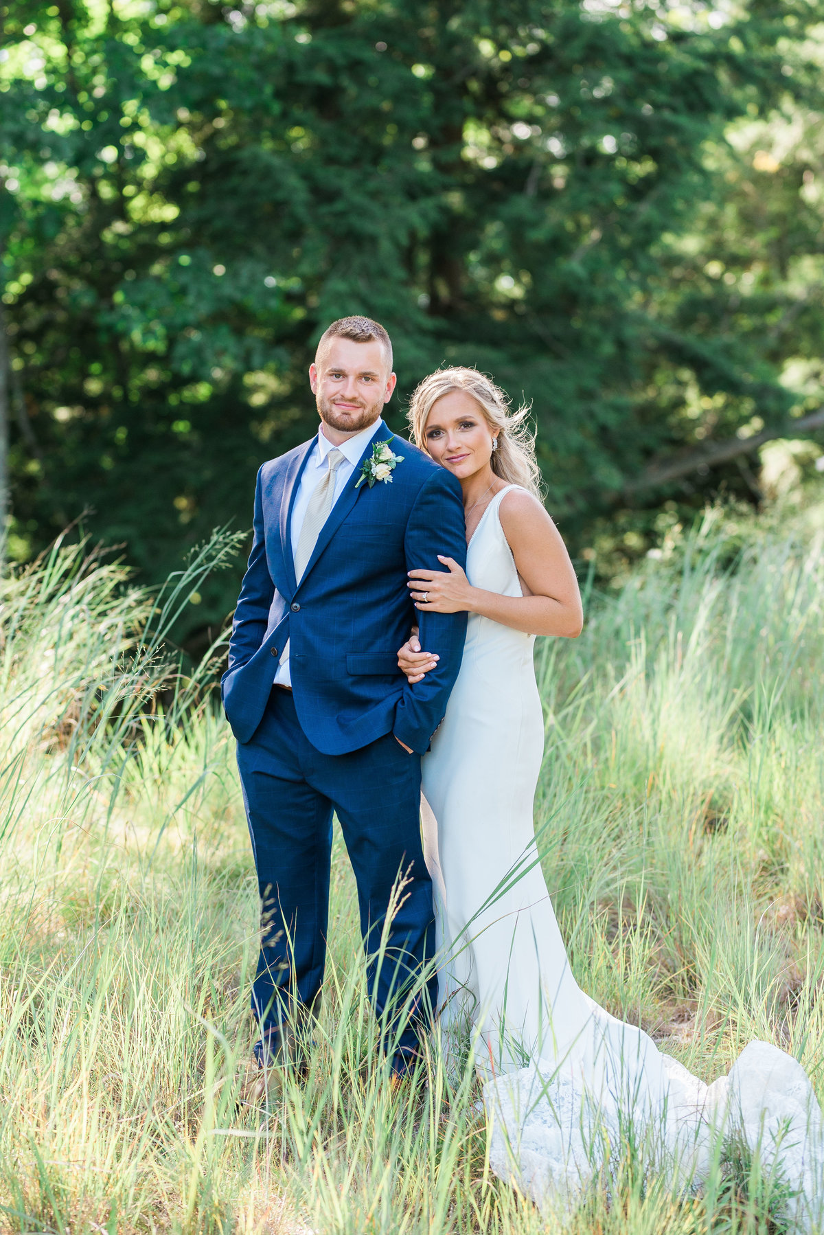 Michigan-Wedding-Couple-Photos