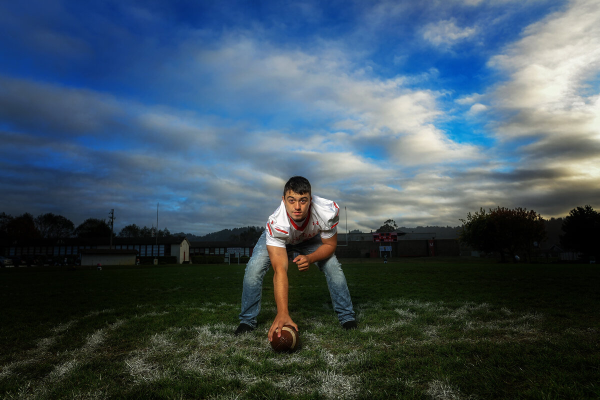 Redway-California-senior-portrait-photographer-Parky's-Pics-Photography-Humboldt-County-football-Ferndale-High-nighhttime-7.jpg