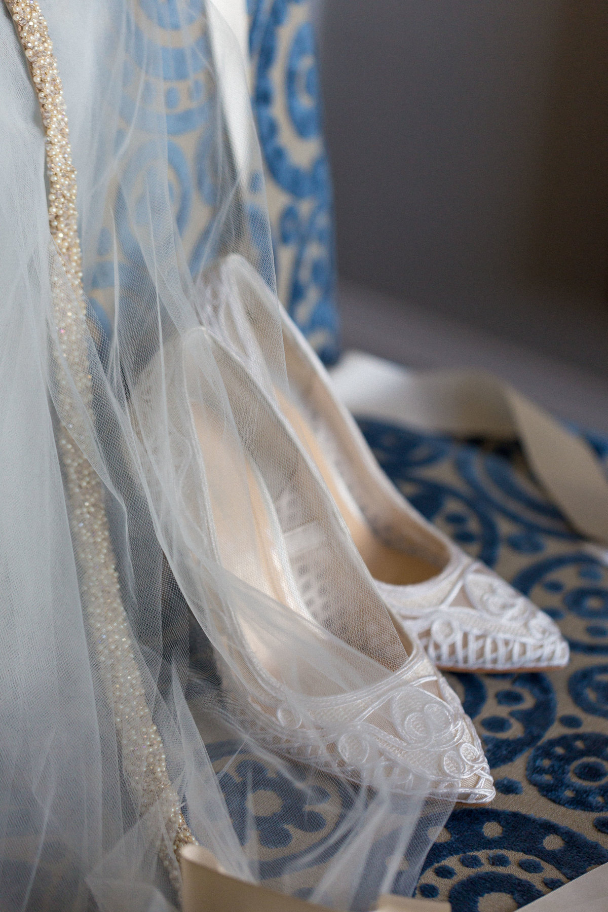 laceweddingshoes-MiamiWeddingPhotographer-TessaMaxinePhotography