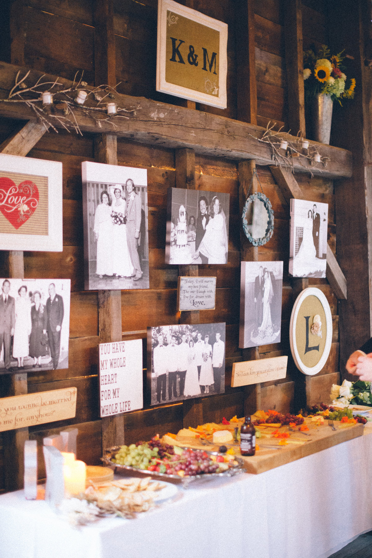 monica_relyea_events_stripling_photography_rustic_barn_glam_wedding_27