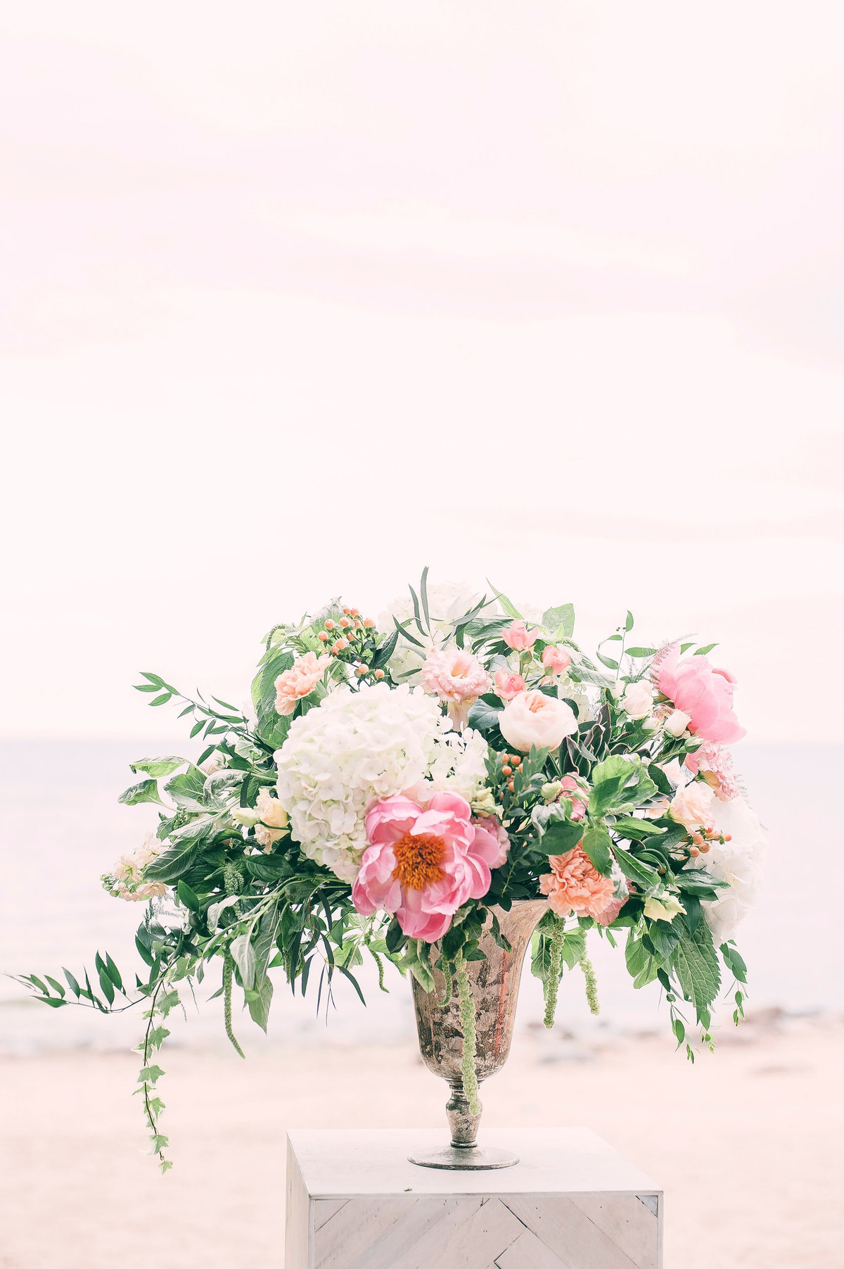 beautiful-blooming-bouquet-1070860