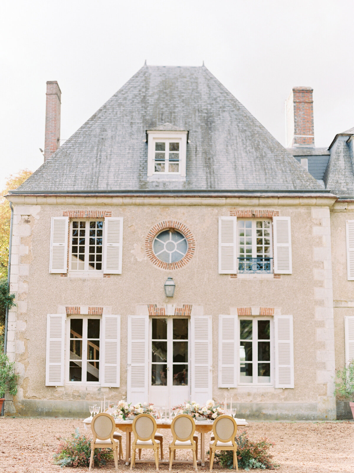 chateau-bouthonvilliers-wedding-paris-wedding-photographer-mackenzie-reiter-photography-68