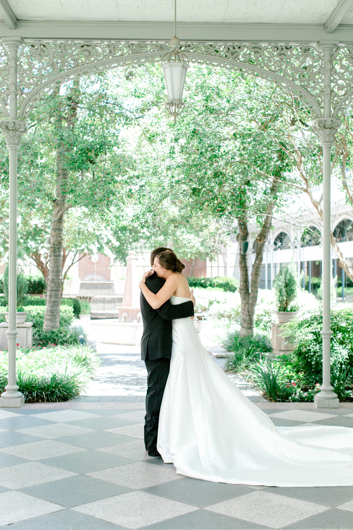 Wedding at the Crescent Court Hotel and Highland Park United Methodist Church in Dallas | Sami Kathryn Photography | DFW Wedding Photographer-53