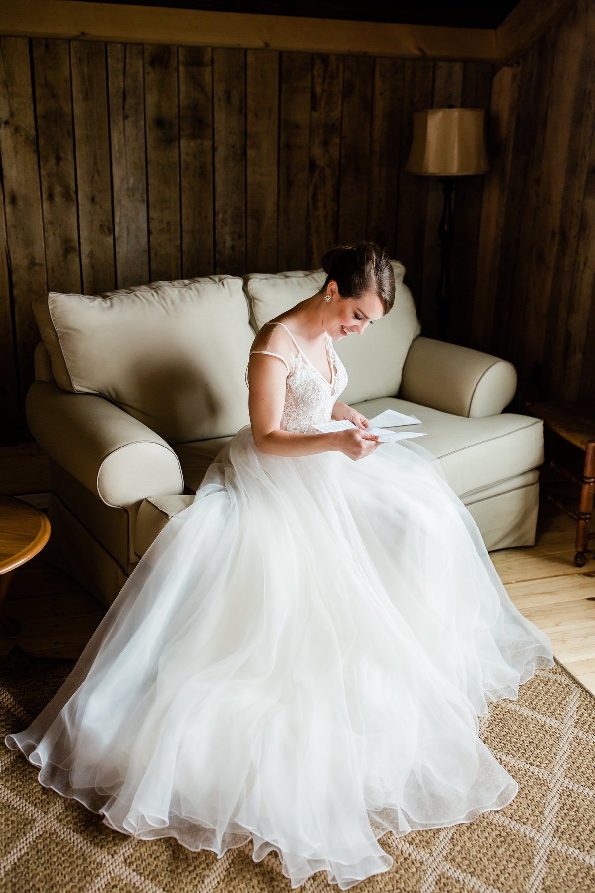 Danielle-Defayette-Photography-Middle-Fork-Barn-Wedding-Bristol-183