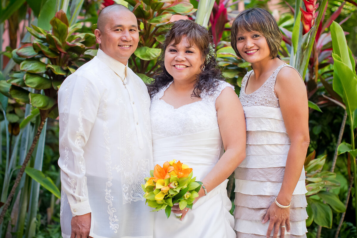 Bride with Relatives, Royal Hawaiian Hotel