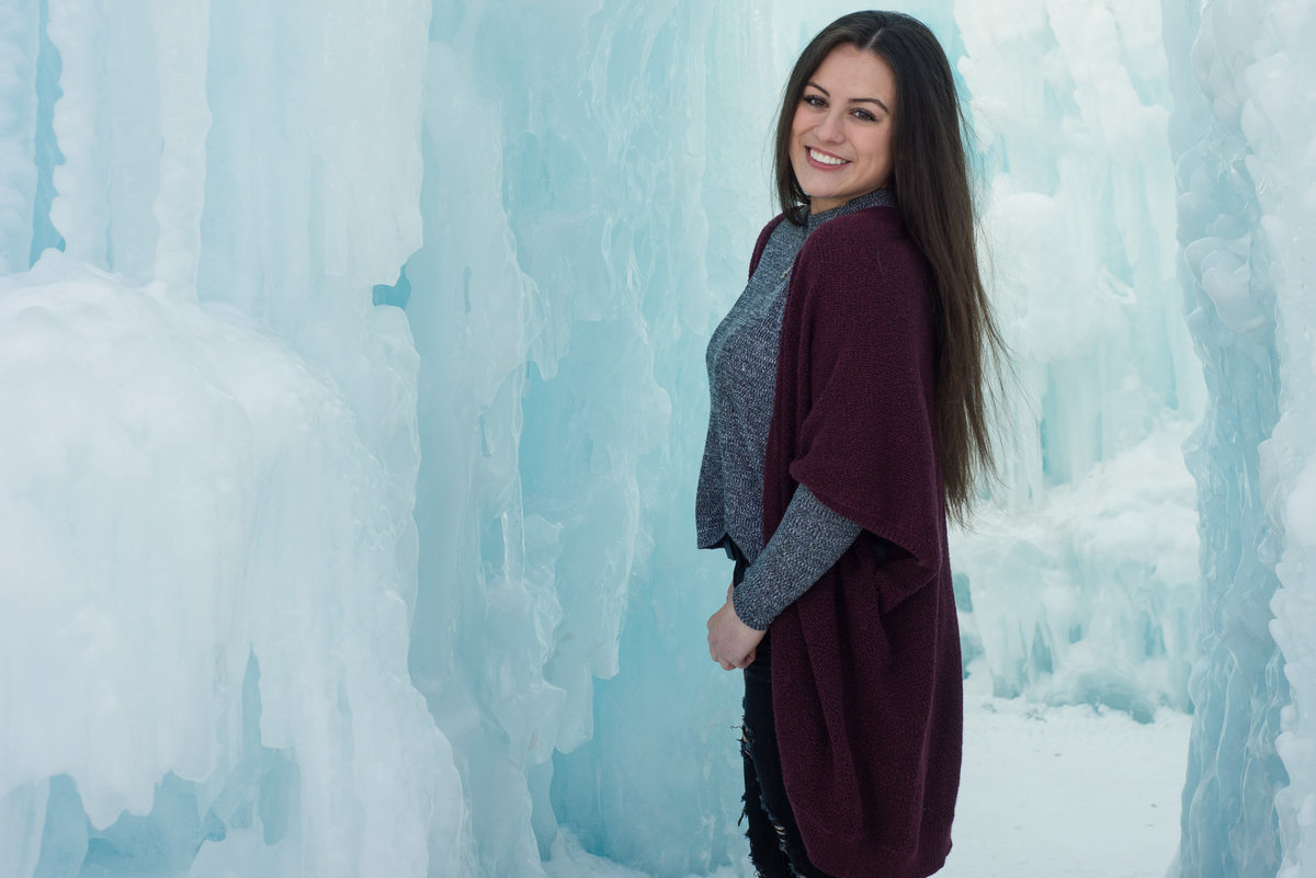 Edmonton-Sherwood-Park-Graduation-Lifestyle-Senior-Photographer_Ice-Castles-YEG-16