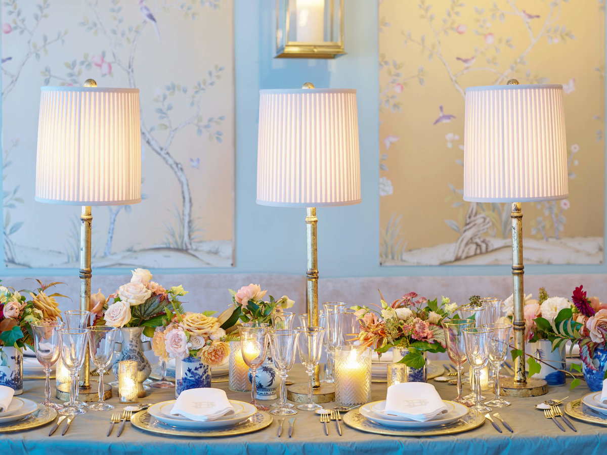 36-KTMerry-weddings-blue-tablescape