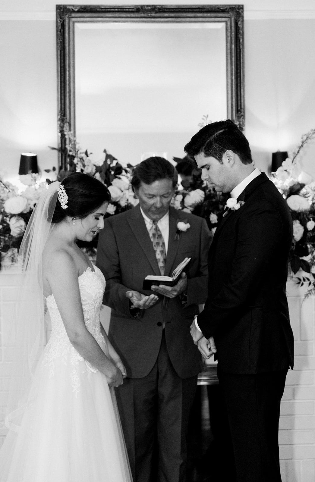 natalie-adam-fort-myers-veranda-wedding-photos-1304