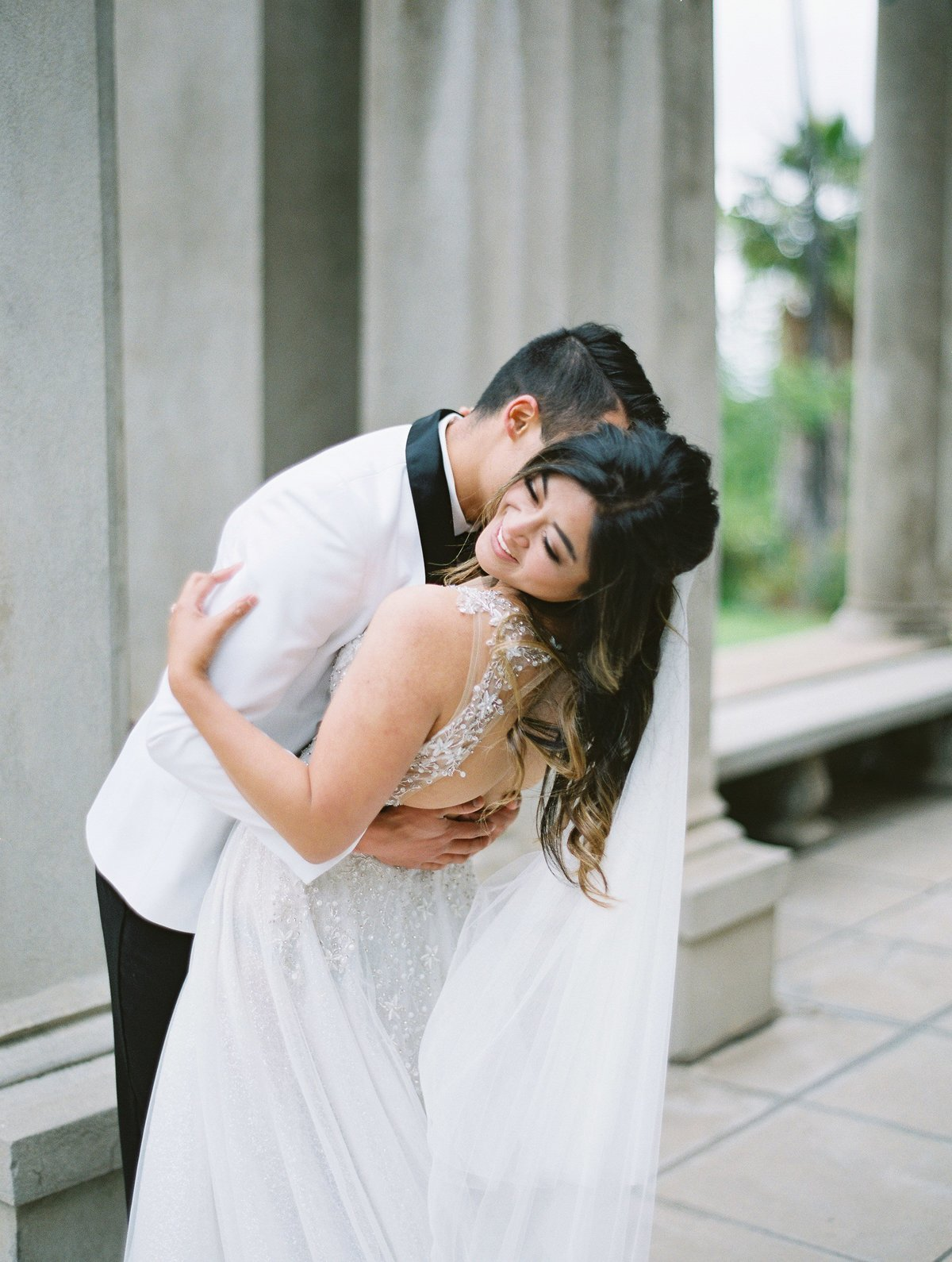 daniel-and-bethany-weddings-groom-kisses-bride