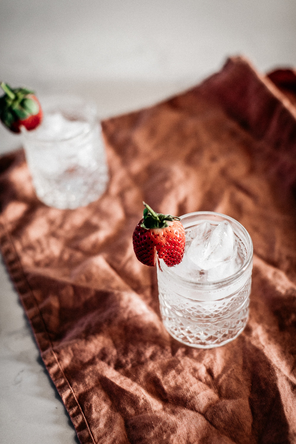 I Love Linen - Strawberry Water - Anisa Sabet - The Macadames - Food Travel Lifestyle Photographer-252