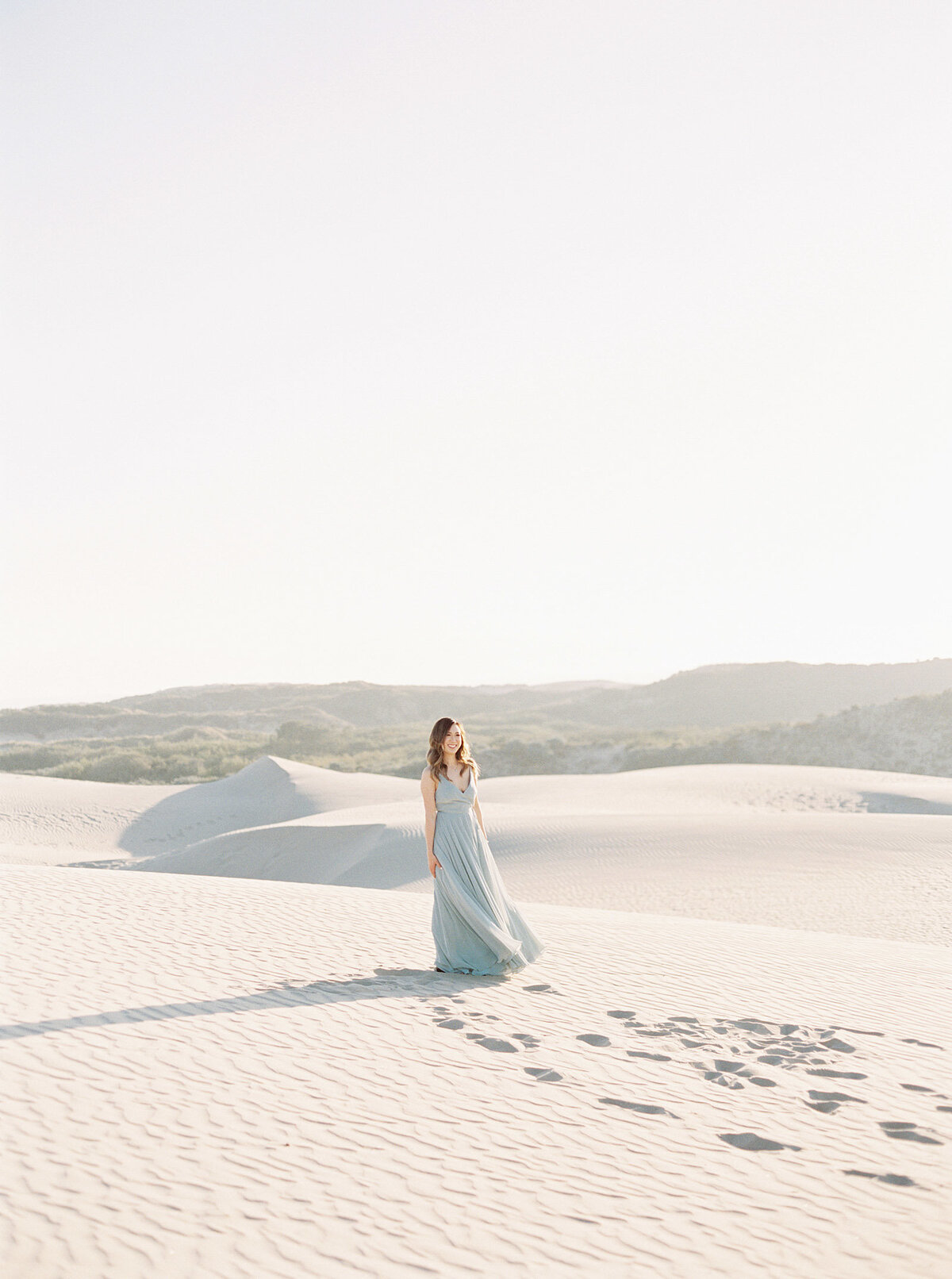 sand-dune-engagement-photos-8