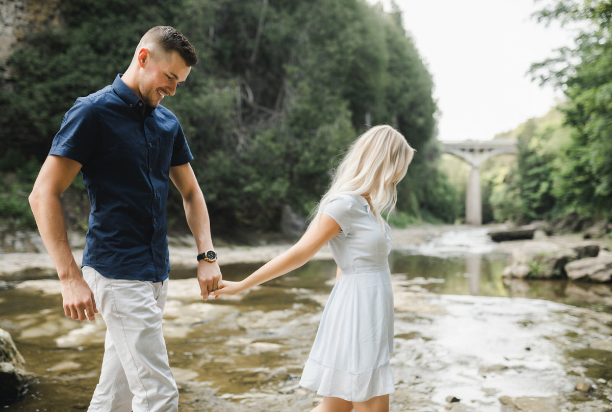elora-mill-engagement-photos