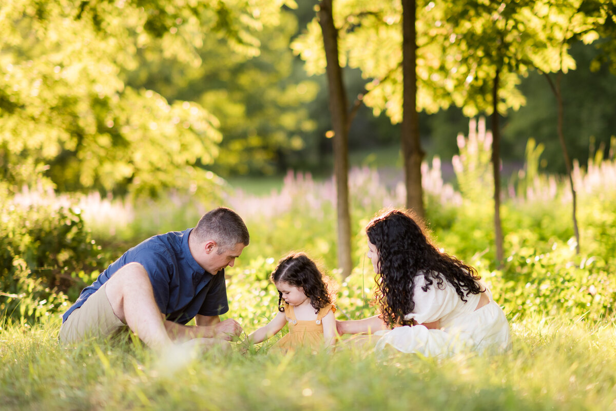 Boston-family-photographer-bella-wang-photography-Lifestyle-session-outdoor-wildflower-32