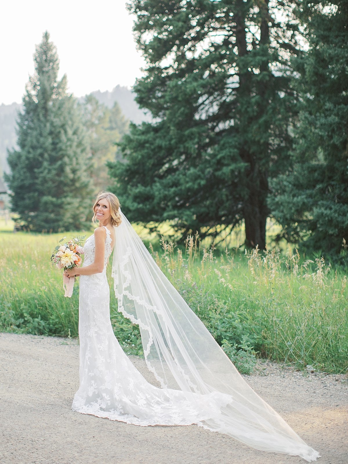 rainbow.ranch.big.sky.montana.wedding.simplysarah.photography26