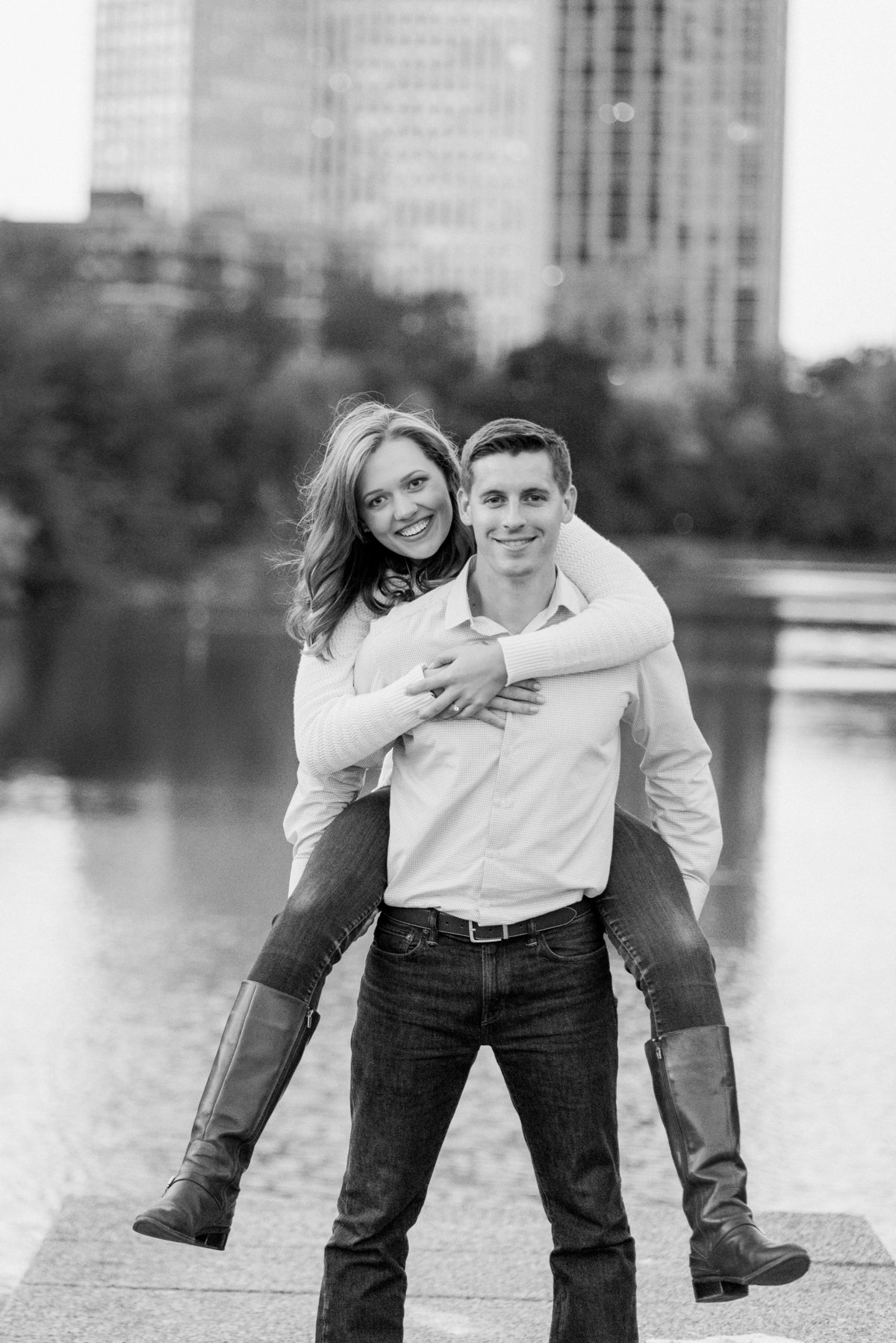 lincoln-park-engagement-chicago-the-paper-elephant-0034