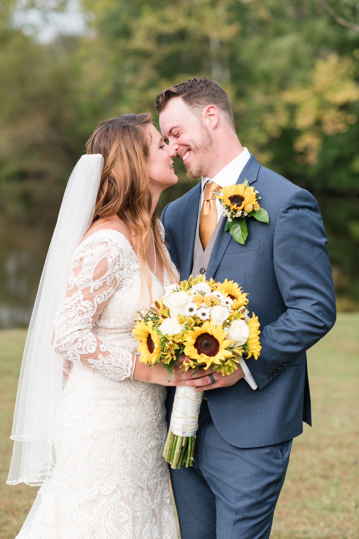 A Outdoor Private Home Wedding, Michelle and Sara Photography, Mebane NC4