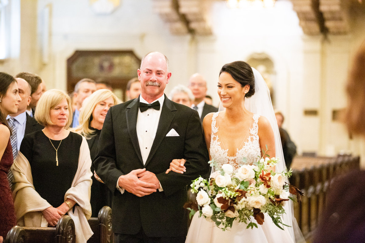 bride aisle father of the bride Wilmington Delaware bouquet