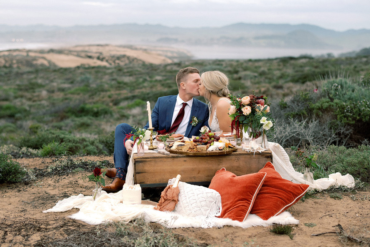 Montana-de-Oro-Elopement-styled-by-San-Luis-Obispo-Wedding-Planner-Embark-Event-Design-19