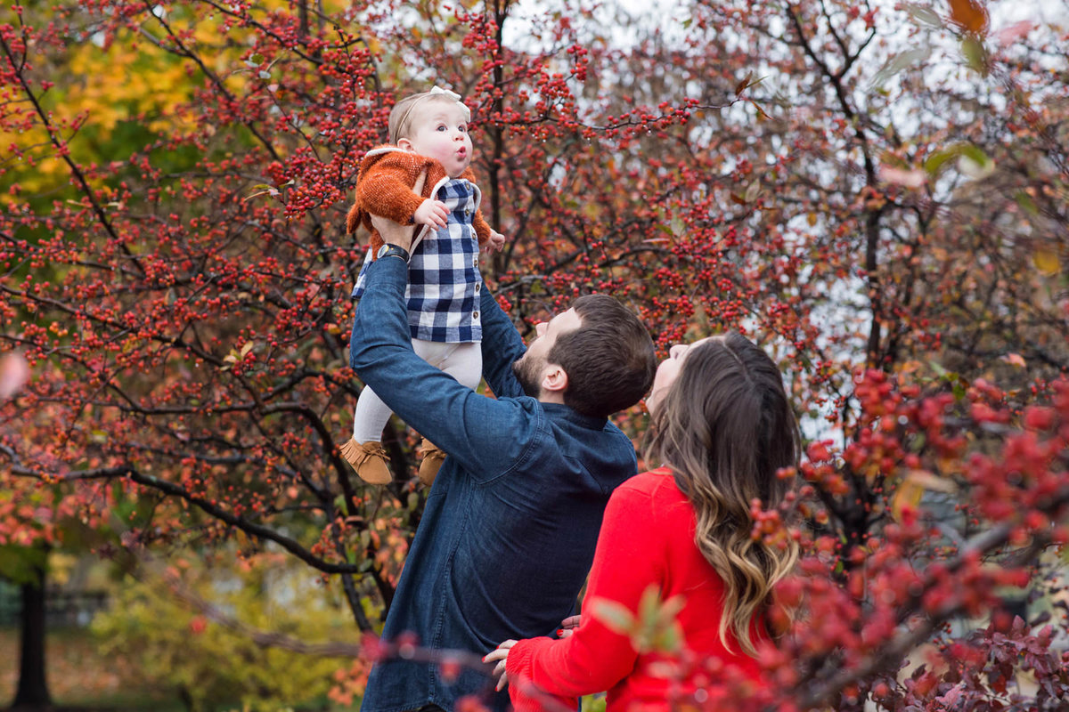 Family-Outdoor-Photographer-Fall-St-Louis-Forest-Park-Wittrock88