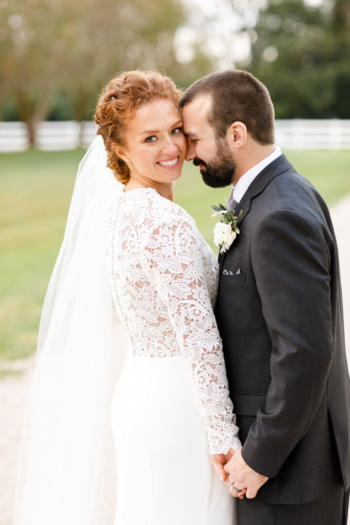 Tara Liebeck Photography Wedding Engagement Lifestyle Virginia Photographer Bright Light Airy13